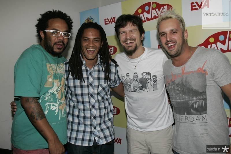 Marcelo Marrom, Leo pinheiro, Saulo Fernandes e Rodrigo Capella