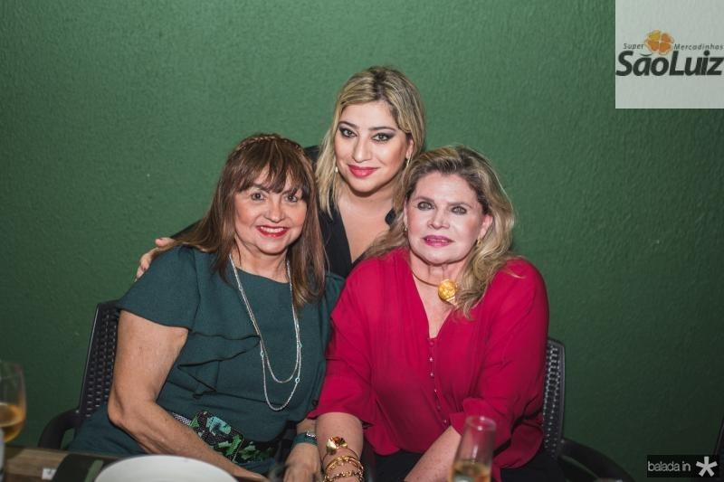 Carmen Cinira, Manu e Sandra Romcy