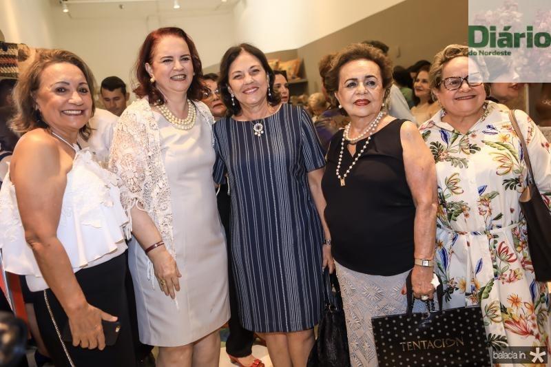 Simone Holanda, Ethel Whitehurst, Ana Studart, Eliane Castro e Celia Miranda