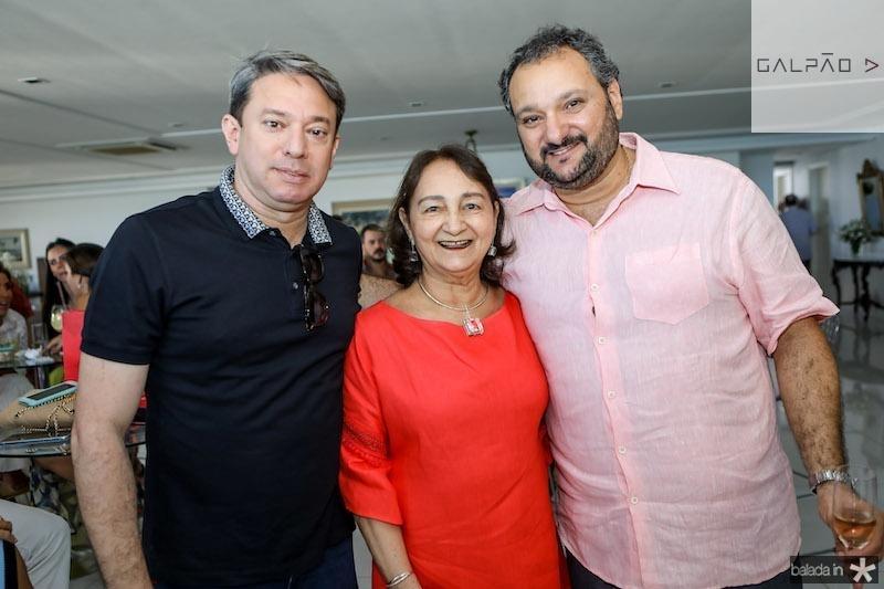 Paulo Vale com Graça e Patriolino Dias