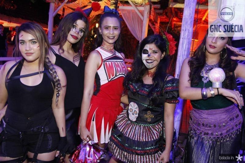 Alice Blisbe, Jessica Benvindo, Erica Monteiro, Erika Guerra e Gabriela Monteiro