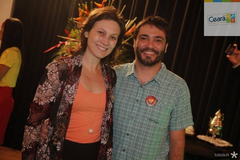 Debora Domingues e Ricardo Dias