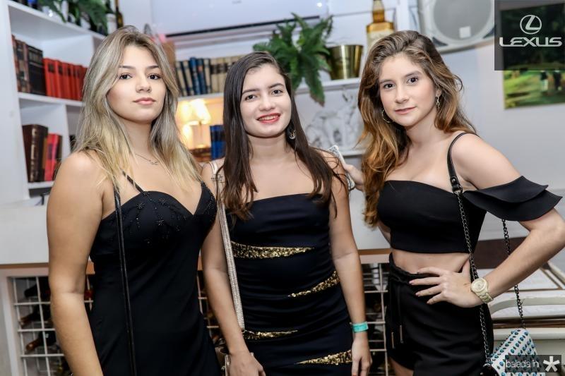 Amanda Ribeiro, Camille Rocha e Vanessa Castelo Branco