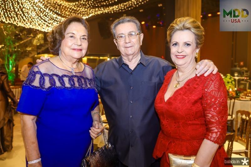 Aunesia Aires de Moura, Alberto e Enoi Carneiro