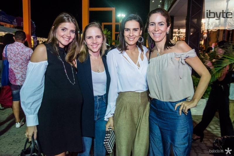 Giovanna Esteves, Natalia Petroni, Deborah Bandeira e Gisele Studart