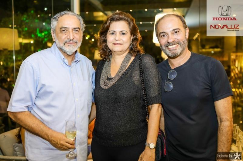 Oswaldo Sousa, Marcia Cavalcante e Marcos Novais