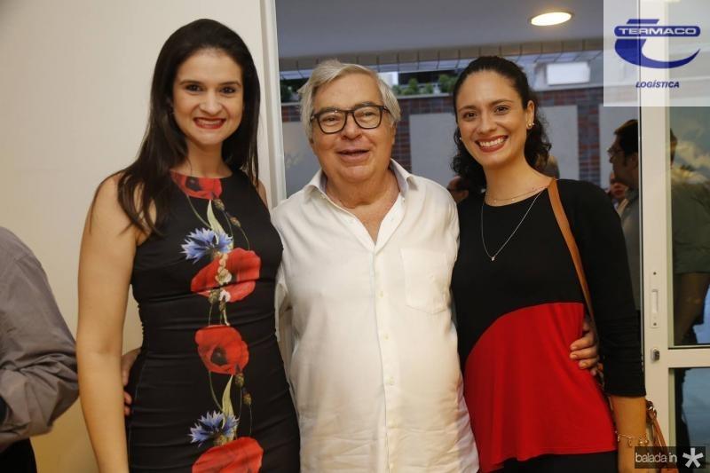 Jaiane Brito, Roberto Farias e Olga Brito