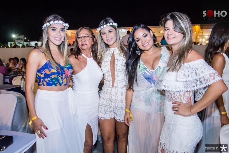 Priscila Braga, Nora Melo, Manuela Crespo, Ana Larissa Lima e Graziele