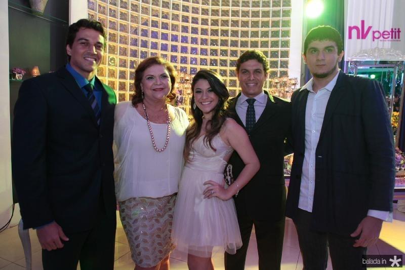 Evandro Aires,Zoia Aires,Beatriz Albuquerque,Daniel Aires e Antonio Artur