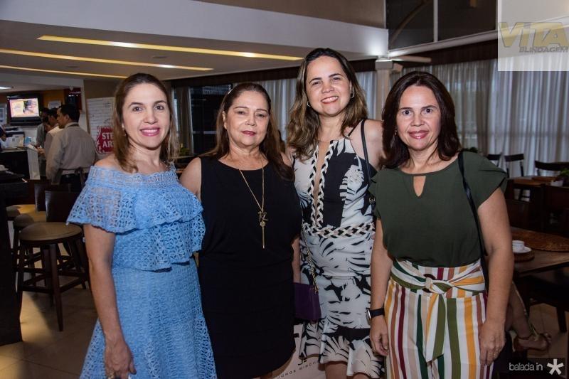 Sonia Cavalcante, Marilac Cavalcante, Anne Macedo e June Borges