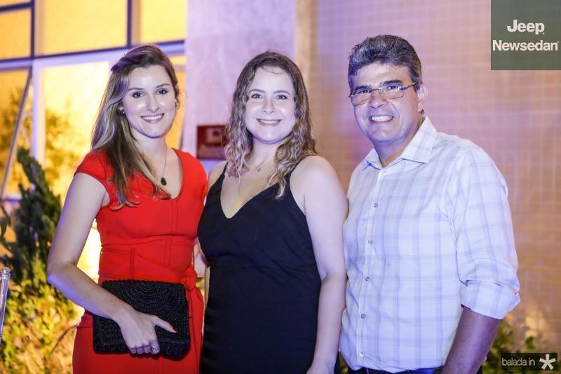 Camila Magalhaes, Cintia Maia e Alberto Magalhaes