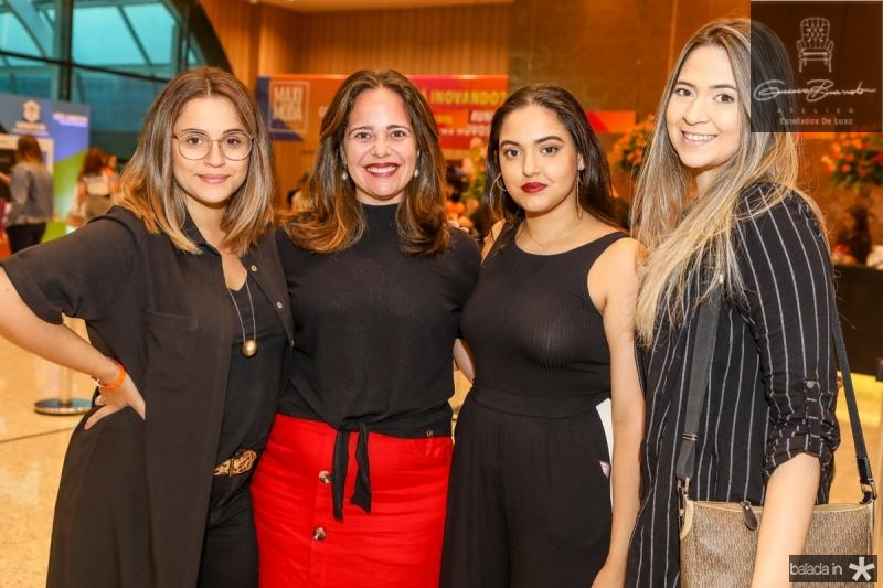 Monique Cidade, Cyntia Tavares, Larissa Saraiva e Bruna Bringel