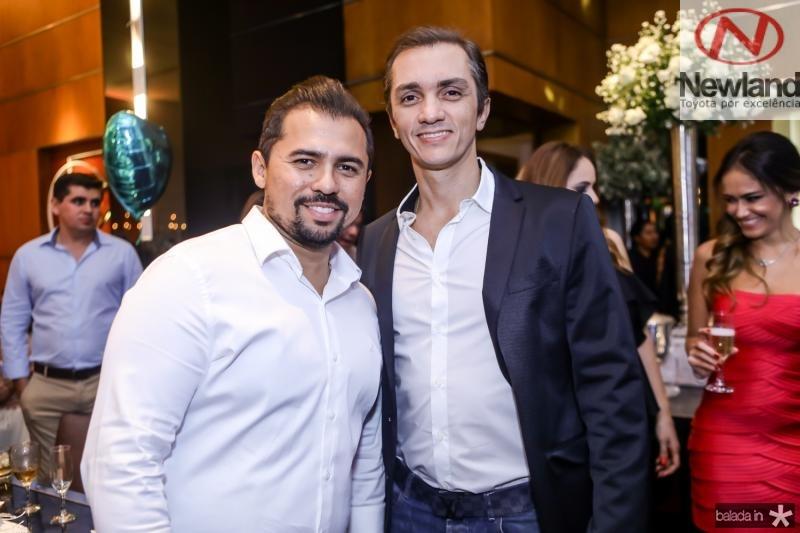 Xand Aviao e Marcelo Marfrutas