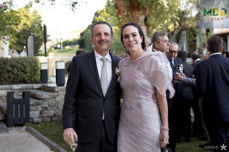 Pedro e Chrystine Ary