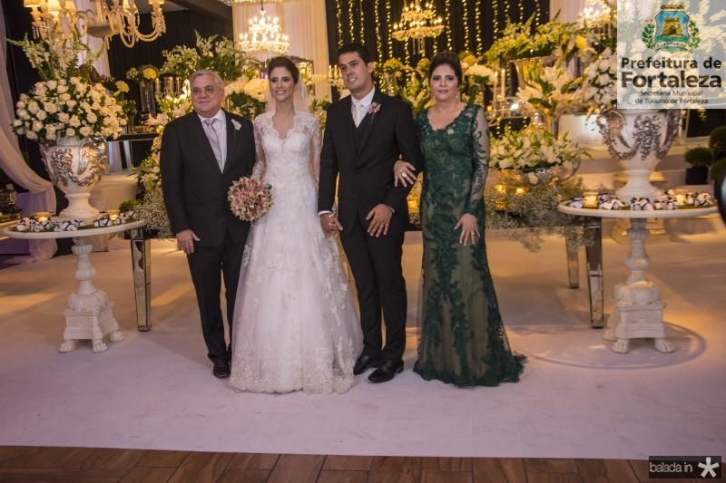 Urubatan Romero, Manoela Gladstone, Artur Bezerra e Ines Gladstone