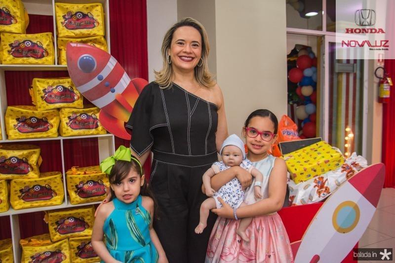 Sara, Samia e Julia Cavalcante