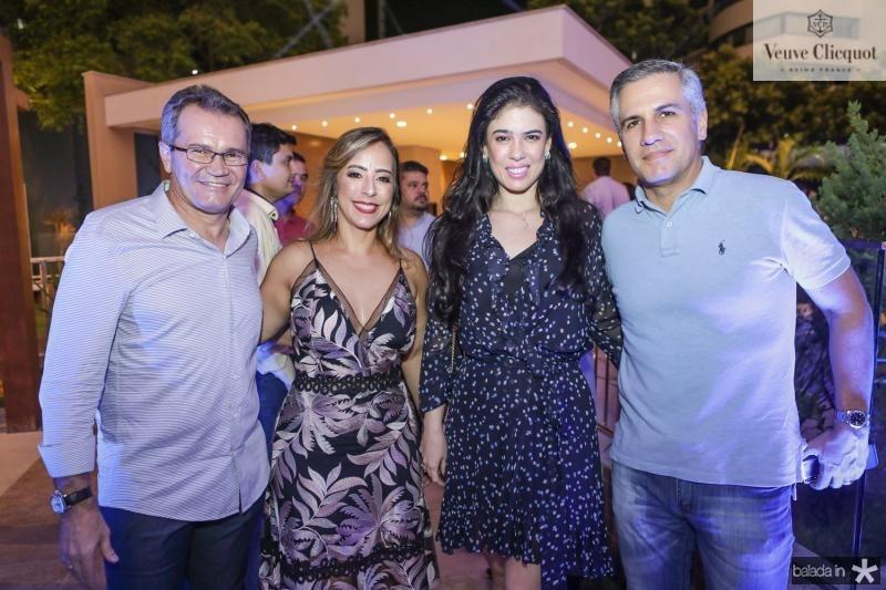 Sergio e Leticia Macedo, Mariana e Adolfo Bichucher
