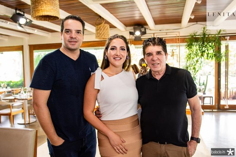Thiago Holanda,  Mariel Pontes e Dito Machado