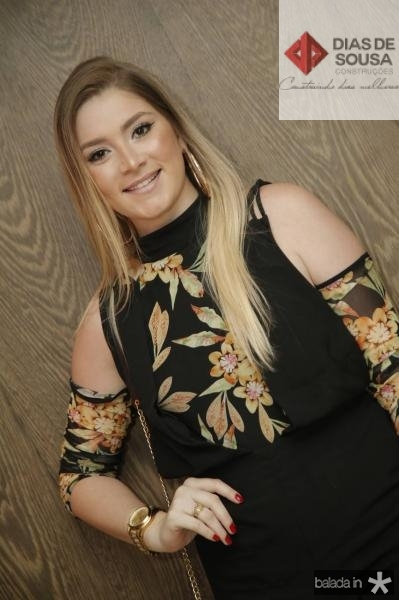 Sarah Alves 2