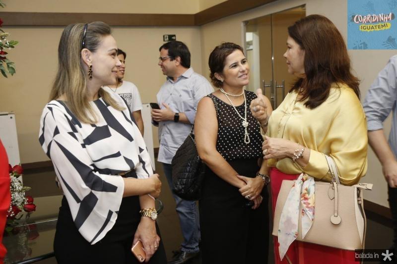 Leiliane Vasconcelos MichelineCamasso e Celina Castro Alves