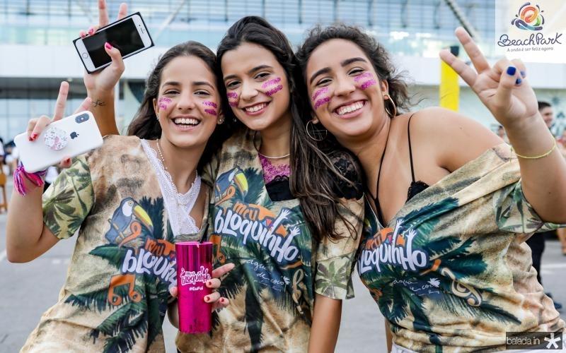Beatriz Teles, Tais Ragazo e Livia Batista