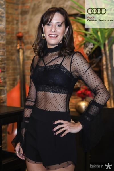 Rebecca Araújo