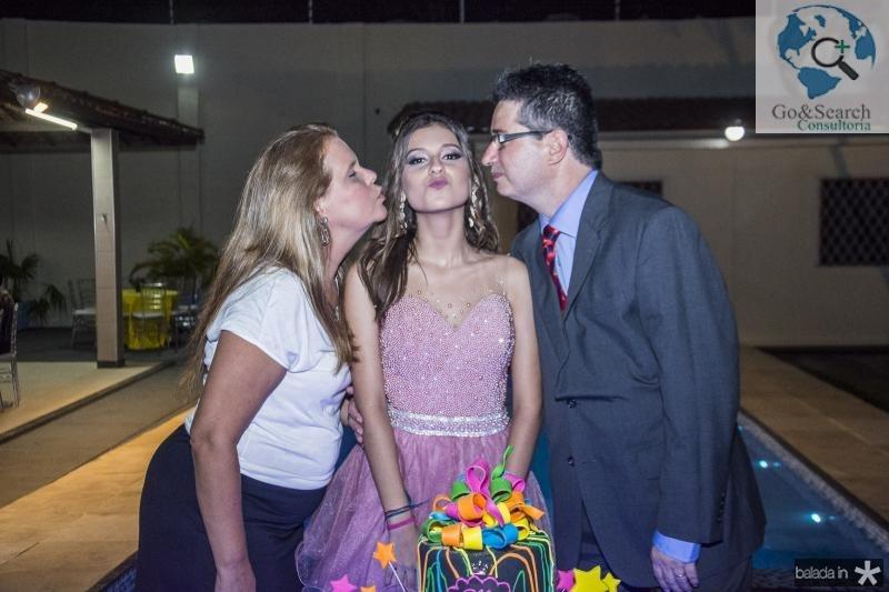 Yara, Mirella e Leonardo Salema