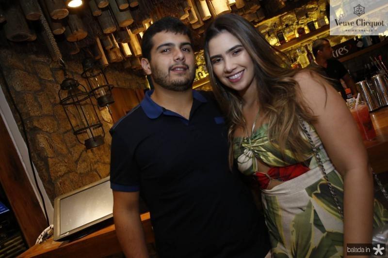 Joao Victor Pinto e Suzana Geleilate