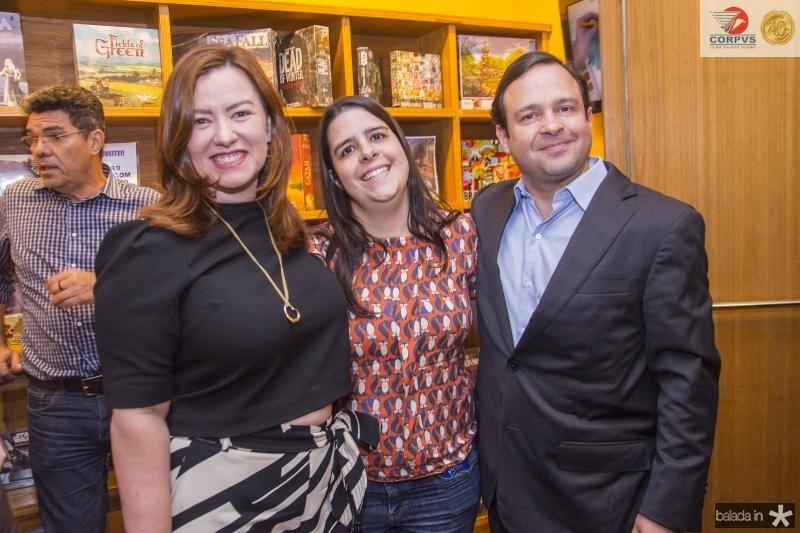 Aline, Fabiana e Igor Barroso