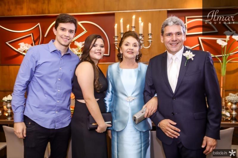 Paulo, Julia, Zelia e Tobias Barreto