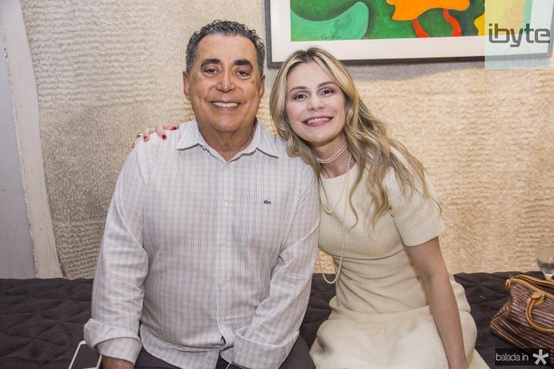 Adroaldo Carneiro e Roberta Vasconcelos