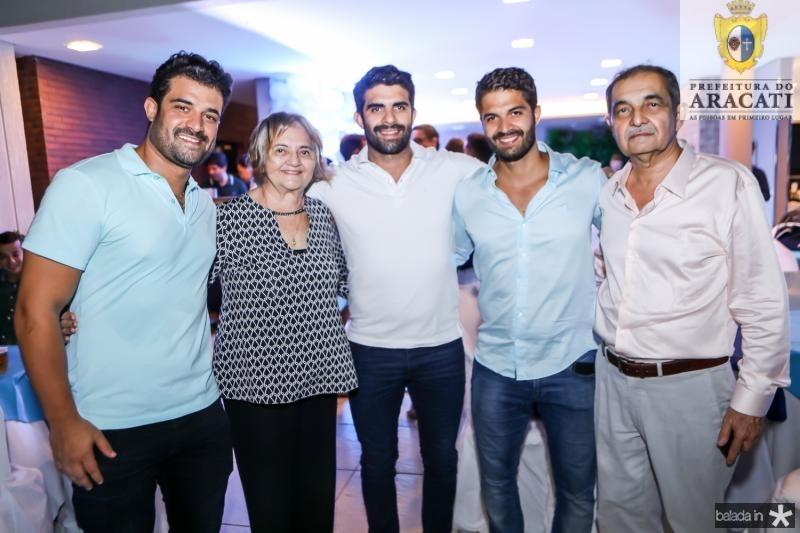 Guilherme, Zelia, Elizeu, Bruno e Elizeu Becco