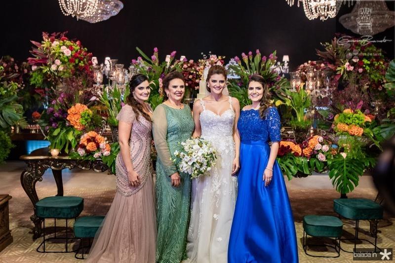 Marilia, Vleria Gomes, Isabele e Mariana Studart