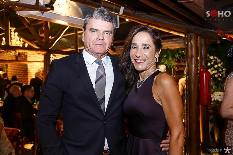 Antonio Jose e Bete Carvalho