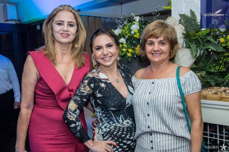 Silvia Morais, Adriana Queiroz e Ana Flores