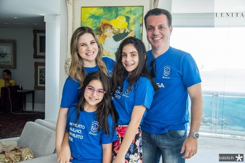 Maria Clara, Nicole, Sophia e Leonardo Dallolio