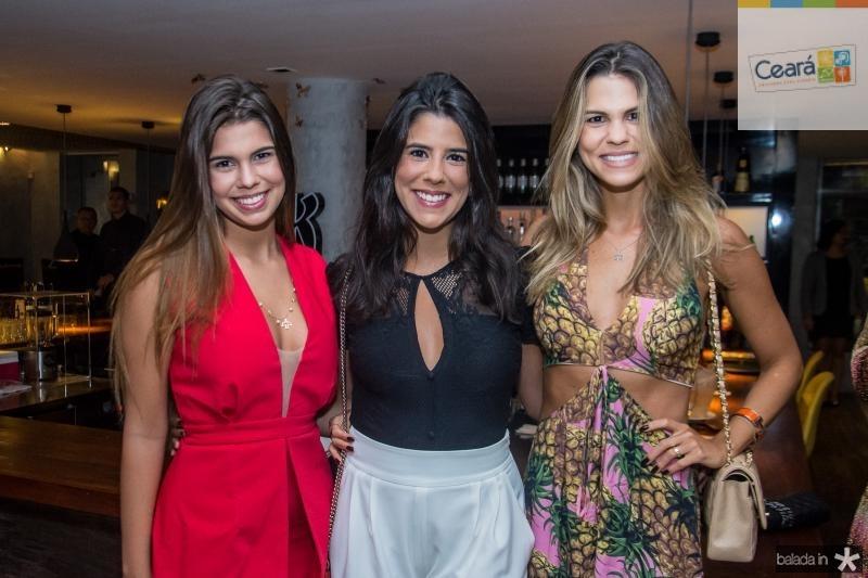 Julia, Marcela e Mariana Pinto