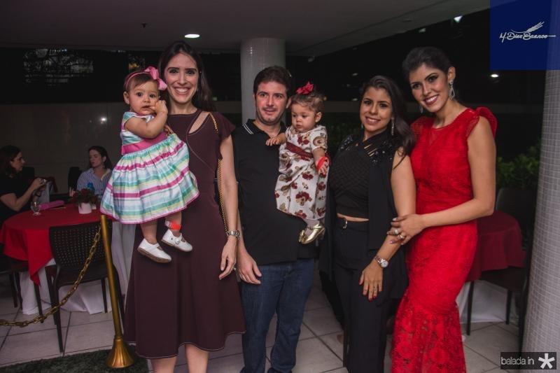 Leticia Albuquerque, Marcela Albuquerque, Eduardo Brnadao, Maria Giovana Brandao, Gabriele Brandao e Flavia Laprovitera