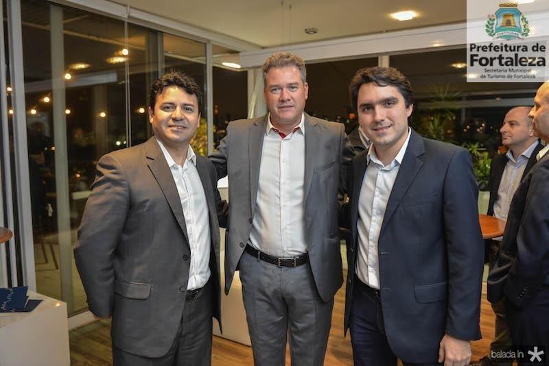 Adriano Damasceno, Andre Maya e Fernando Castelo Branco