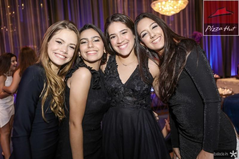Julia Vieira, Beatriz Z, Sarah Roque e Vitoria Alencar