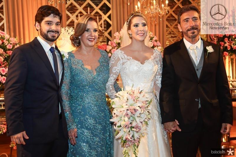 Victor, Eveline, Thais e Joao de Deus Carvalho