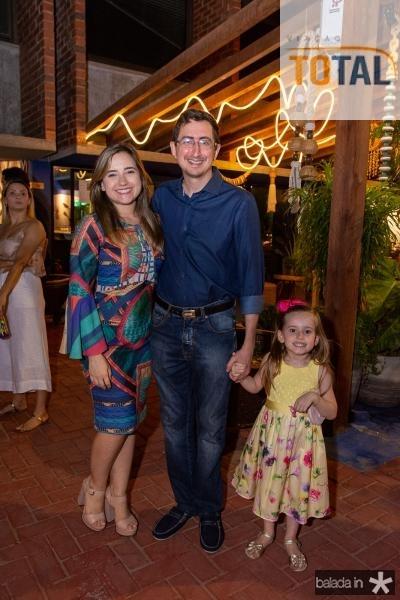 Itala, Roberto Victor e Maria Ribeiro