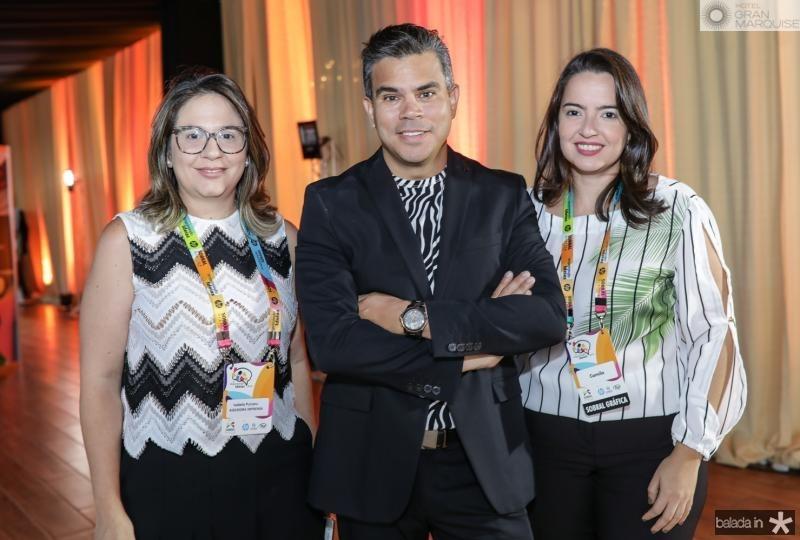 Isabela Burcaru, Wladson Sidney e Camila Andrade