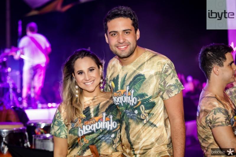 Roberta Fernandes e Victor Oliveira