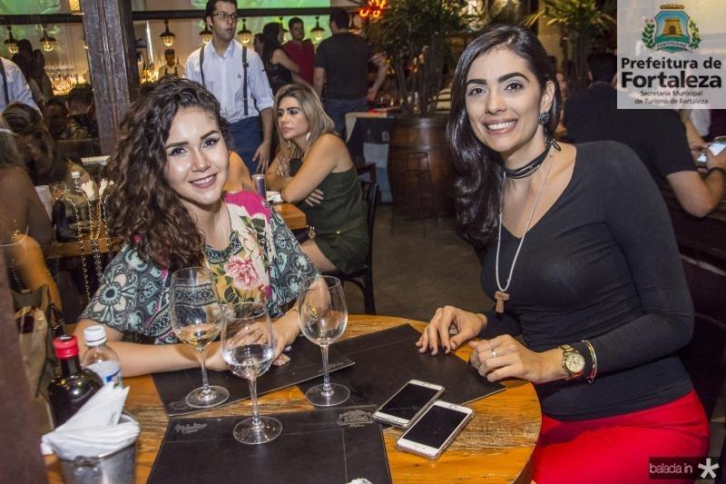 Thais Rocha e Liana Quindere
