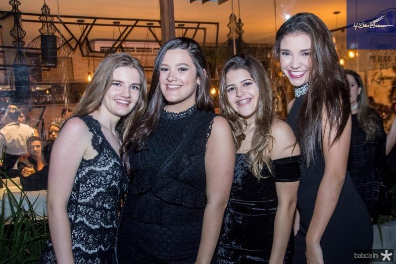 Luiza Pinheiro, Mirela Bezerra, Maria Eduarda Bezerra e Mariana Marques