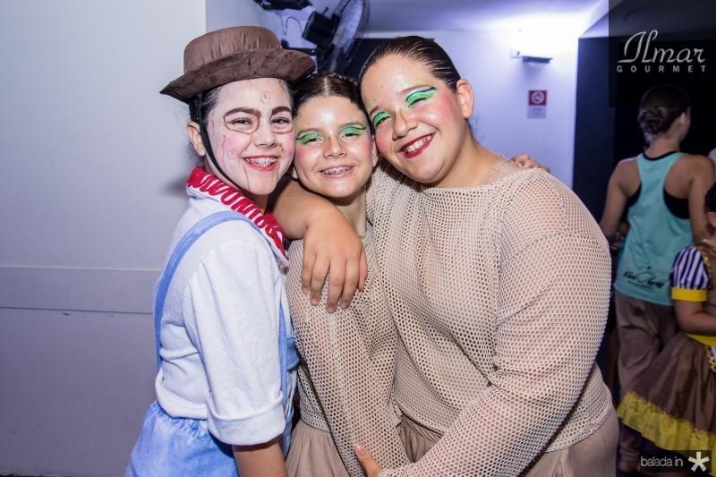 Lara Andrade, Manuela Assis e Natalia Fiuza