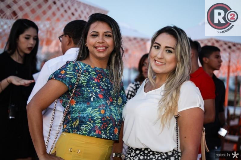Bruna Carvalho e Ana Livia Coelho