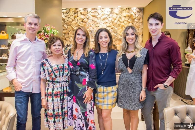 Claudio Brito, Tane Albuquerque, Maira Silva, Roberta Saad, Priscilla Silva e Andre Albuquerque