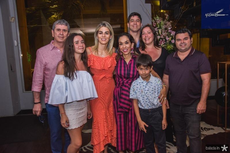 Marcio, Nina, Amanda, Marcia, Joaquim, Marcio, Marina e Igor Tavora